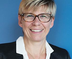 Cathie Vix-Guterl promue Chevalier dans l'ordre national de la Légion d'honneur